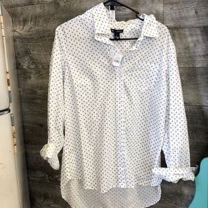 NW Gap Button down dress shirt— tags still on!